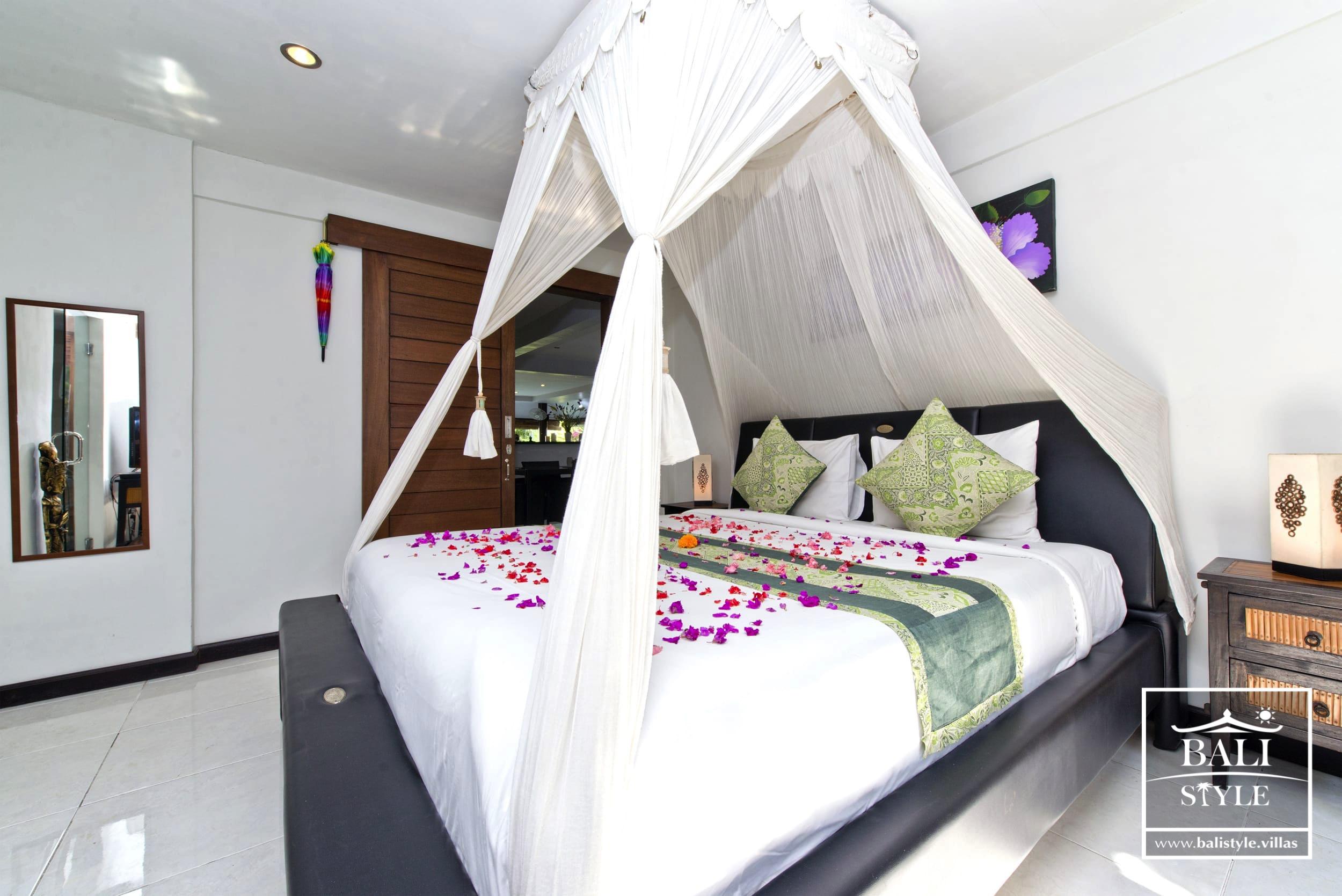 Вилла Gardenia с 3 спальнями. Семиньяк